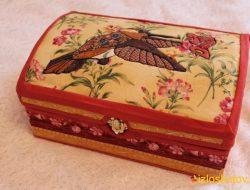 Шкатулки, органайзеры и прочие изделия для хранения мелочей